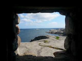 cave window