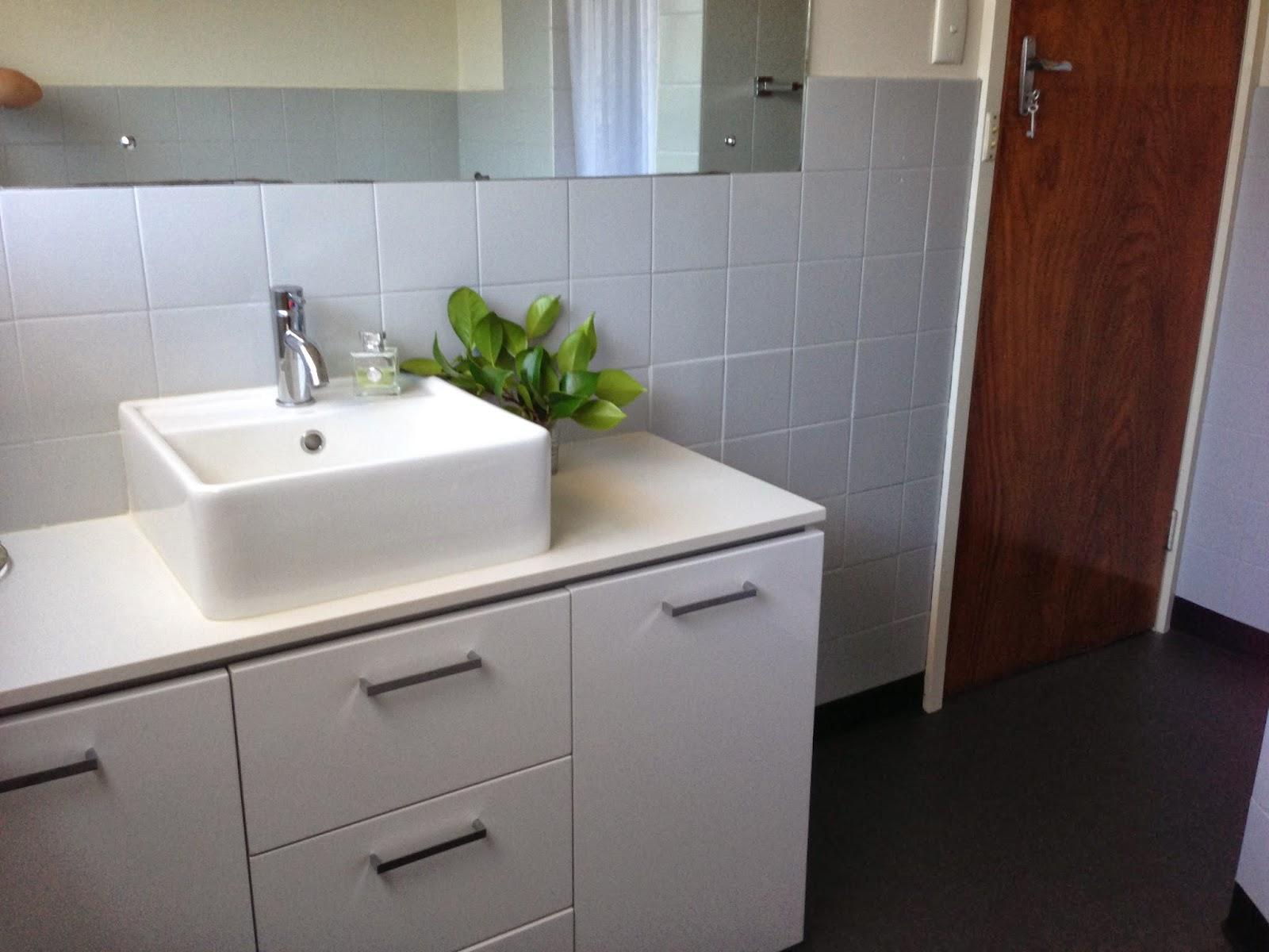 Bunnings Bathrooms Vanity Hello From Tassie Bathroom Makeover On The Cheap But