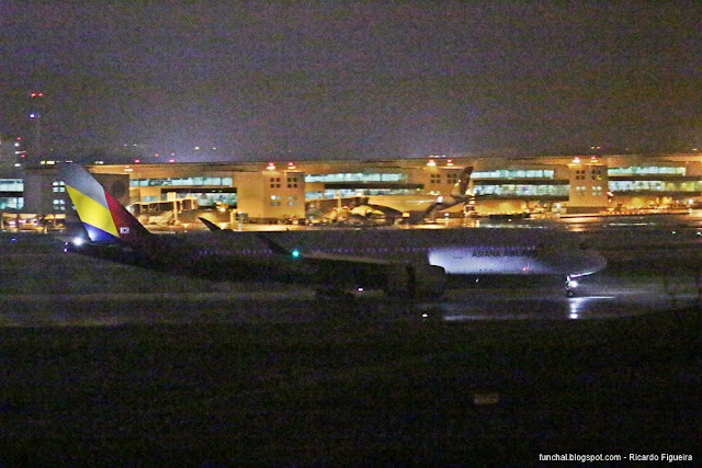 ASIANA AIRLINES - A350-900 - AEROPORTO DE LISBOA