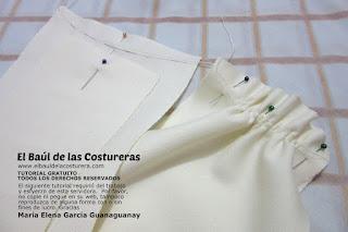 Confección chaqueta kaftán Aris Agoriuq de El Tiempo entre Costuras cinturilla drapeada