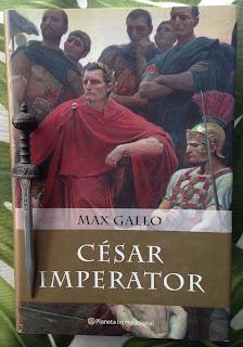 Portada del libro César Imperator