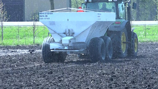 fall fertilizer application