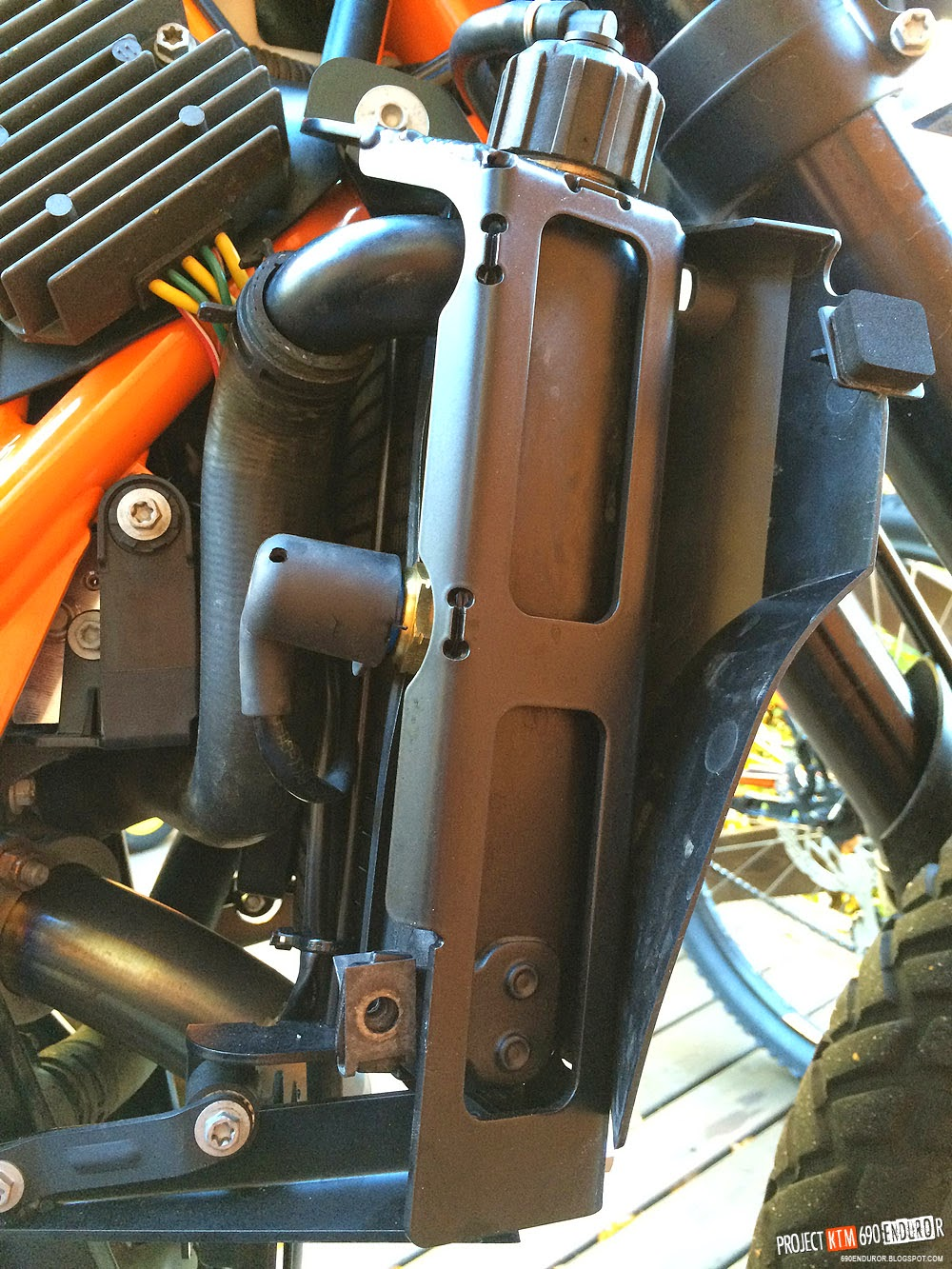 KTM 690 Enduro R radiator protector