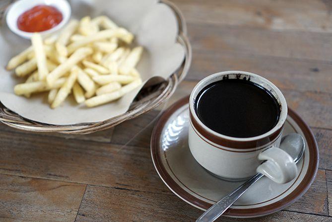 Mengopi di Nobon Coffee Rembang