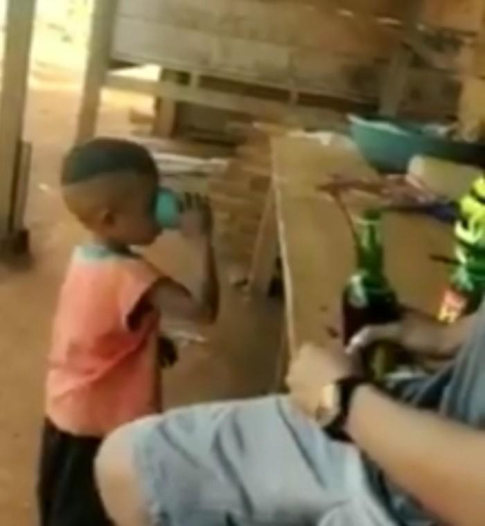 Ini Alasan Ayah Pasrah Lihat Anak Dicekoki Miras hingga Sempoyongan