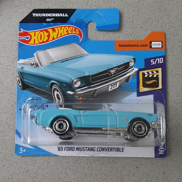 Diecast Collection: '65 Ford Mustang Convertible(HW 007