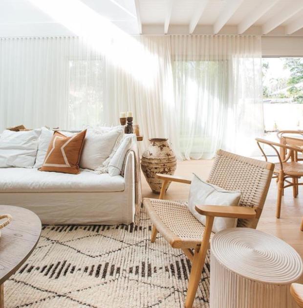 Australian coastal meets Mediterranean villa