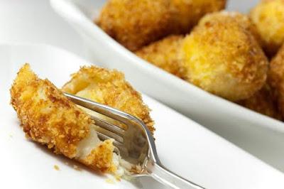 طريقة-عمل-كرات-البطاطا-المحشية-بالجبن