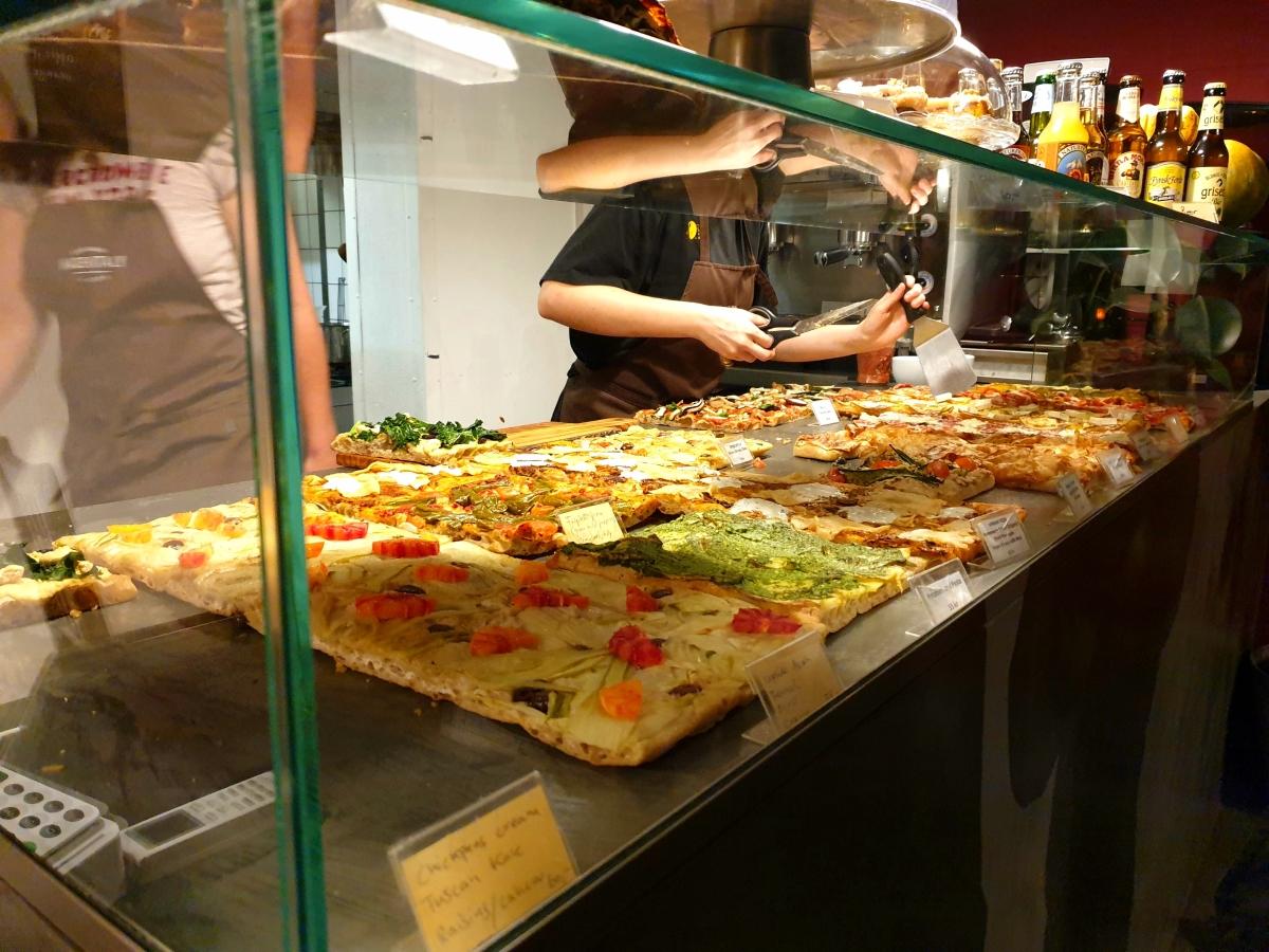 MadenItaly best vegan restaurants in Copenhagen - Vegan Pizza - Copenhagen Travel Guide
