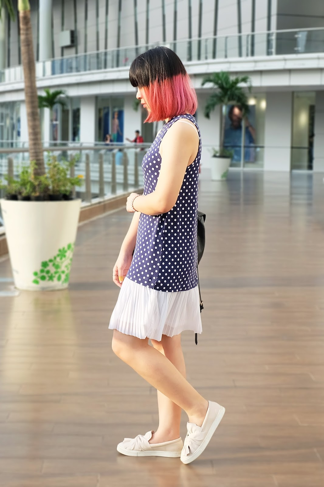 polkadot sleeveless dress look | bigdreamerblog.com