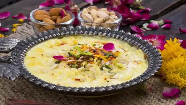 Special Kheer: If you are fond of Kheer, then definitely make Makhane-Kaju Kheer