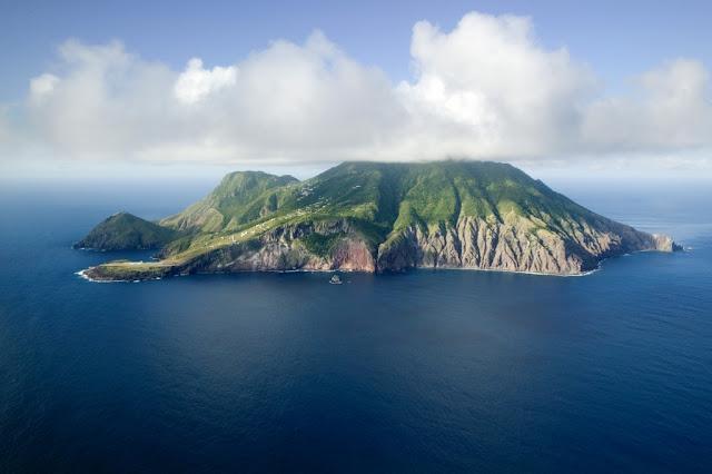 Ile de Saba , vue aérienne