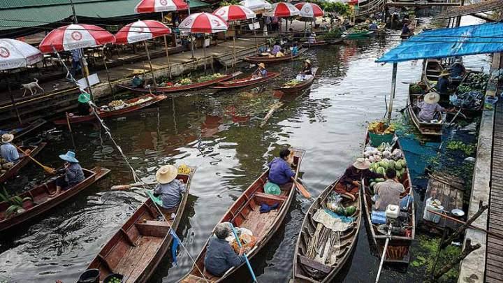 Pasar Terapung di Bangkok