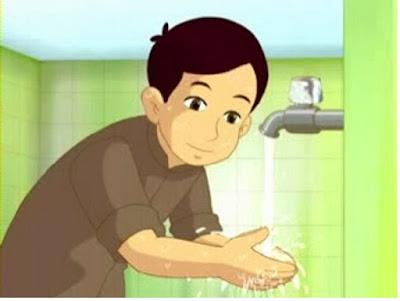 Mencuci kedua telapak tangan - pustakapengetahuan.com