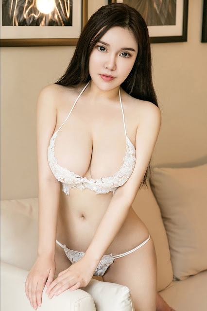 Hot and sexy big boobs photos of beautiful busty asian hottie chick Chinese booty model Xi Ruo photo highlights on Pinays Finest Sexy Nude Photo Collection site.