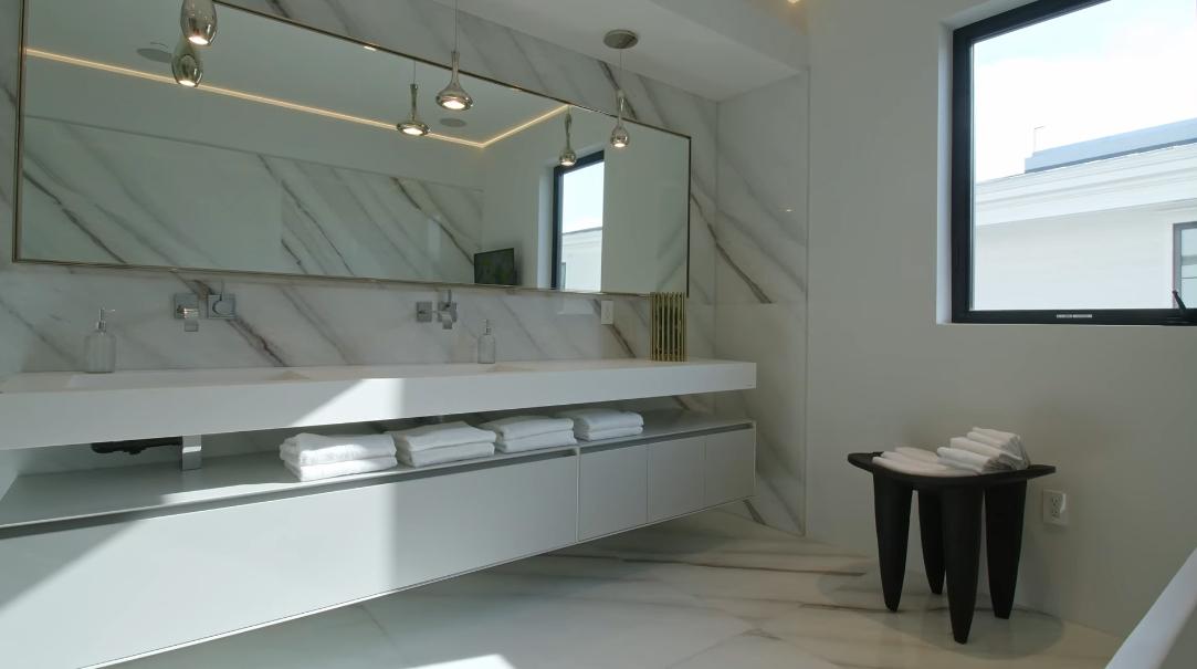 67 Interior Design Photos vs. 15213 De Pauw St, Pacific Palisades, CA Luxury Mansion Tour