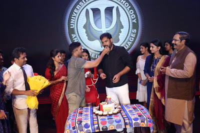 Vakkantham-Vamsi-Birthday-Celebrations-on-Naa-Peru-Surya-Sets-Photos-3