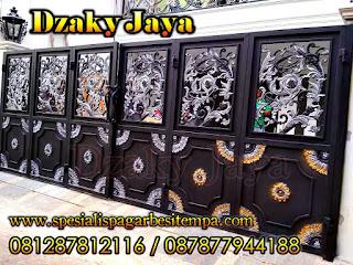 Pintu Gerbang Besi Tempa Ornamen, Pintu Gerbang Lipat Besi Tempa Klasik untuk Rumah Mewah.