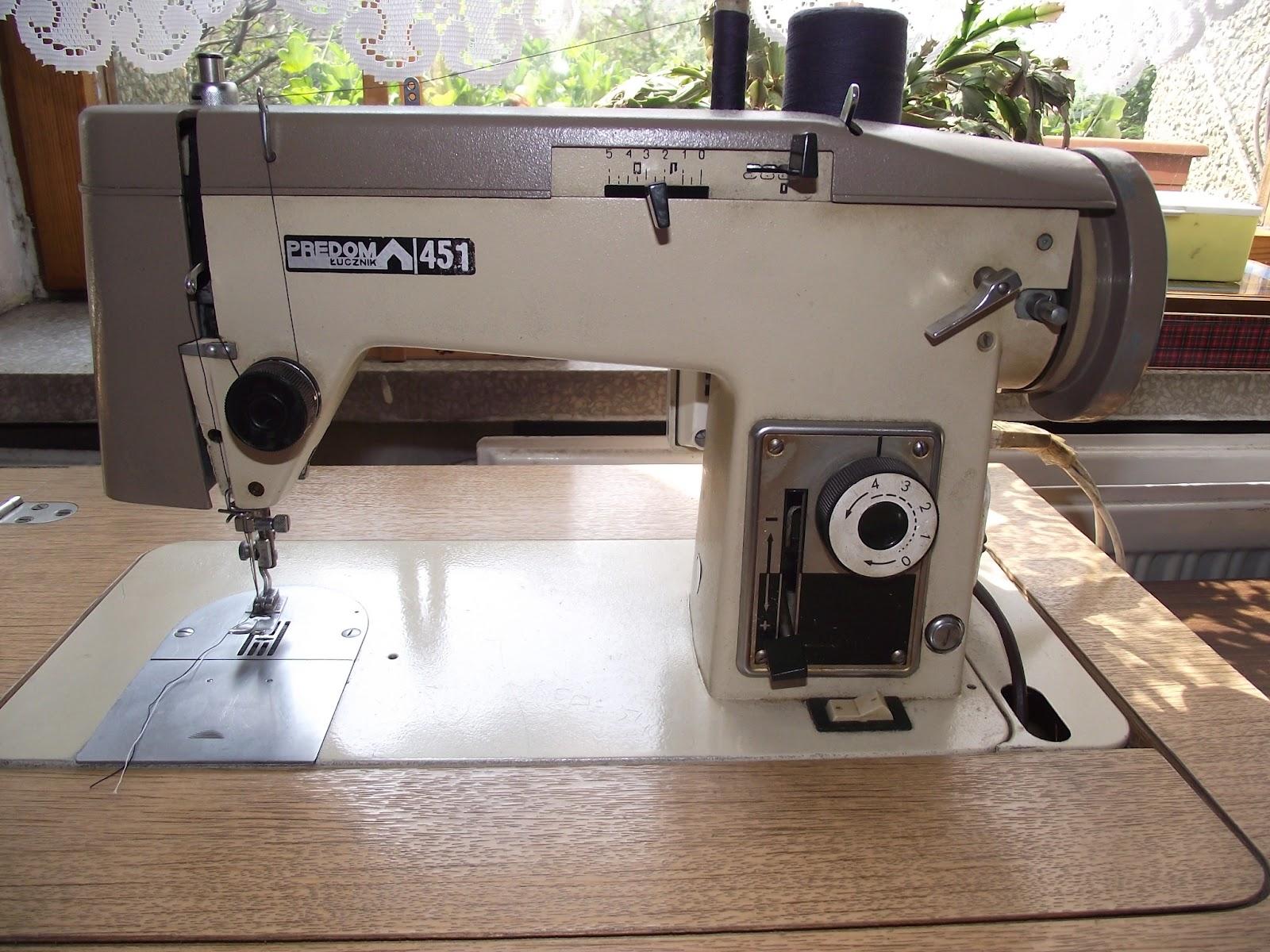 lizzie lenard vintage sewing a polish sewing machine lucznik predom 415. Black Bedroom Furniture Sets. Home Design Ideas