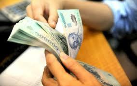 Đối tượng nào được tăng lương cơ sở lên 1.210.000 đồng/tháng từ 01/05/2016?