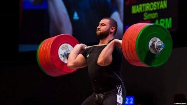 Martirosyan consigue el oro en el campeonato mundial de pesas