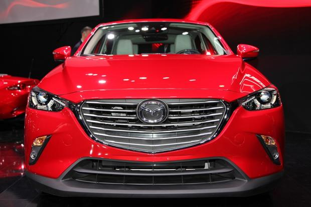 Mazda CX-3: red color
