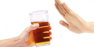 من أهم اخطار الكحول على الجسم