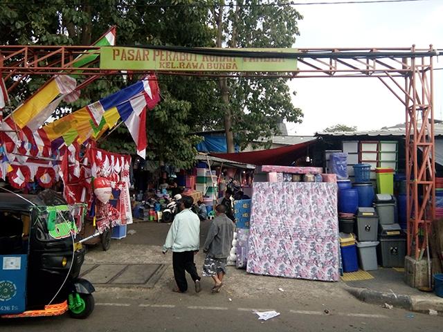Cari Cooler Box di Pasar Perabot Rumah Tangga, Rawa Bunga