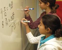 Gender differences in mathematics increase by underestimating girls