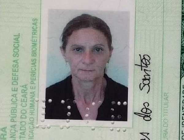Professora morre em acidente na CE Tauá-Mombaça