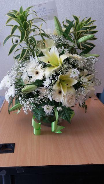 toko buket bunga surabaya, harga bunga buket surabaya, buket bunga murah surabaya