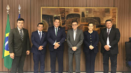Secretário da Receita Federal recebe Rocha e Mara Rocha para tratar sobre integração com o Peru