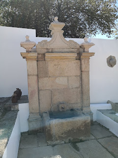 FOUNTAIN / Fonte do Pêro Boi, Castelo de Vide, Portugal