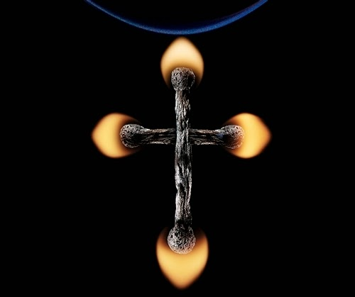 09-Match-Cross-Flame-Russian-Photographer-Illustrator-Stanislav-Aristov-PolTergejst-www-designstack-co