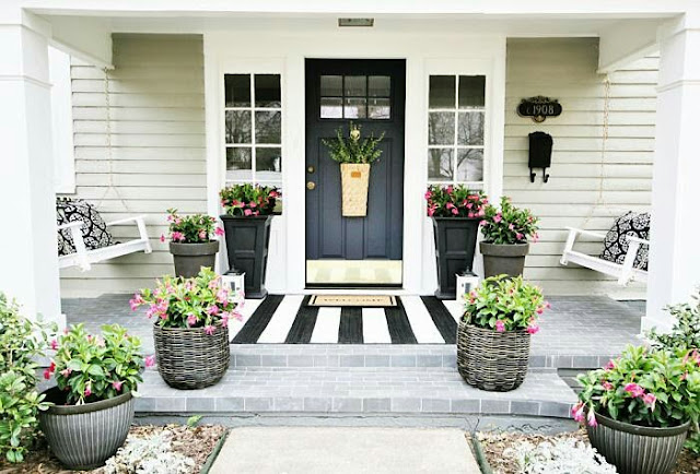 Small Home Terrace Decoration