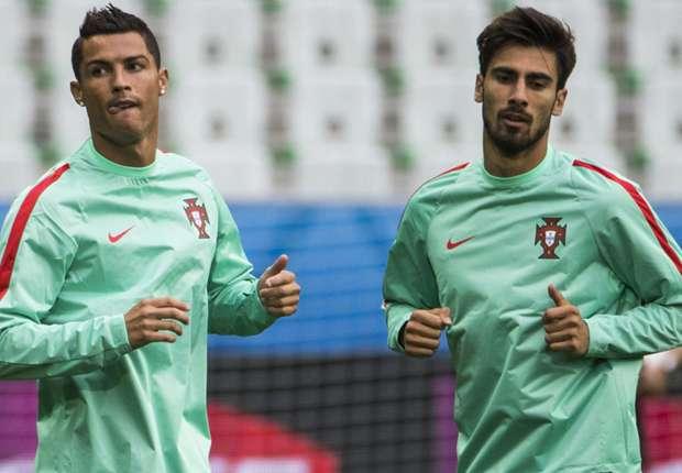 Đồng đội bị Barca xử tệ, Cris Ronaldo nổi điên