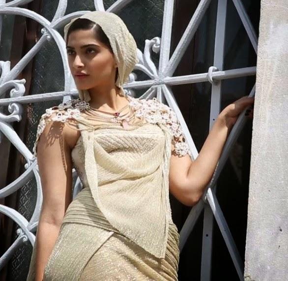 Sonam Kapoor Ka Sexy Photo