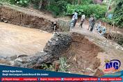 Akibat Hujan Deras, Banjir dan Longsor Landa Desa di Silo Jember