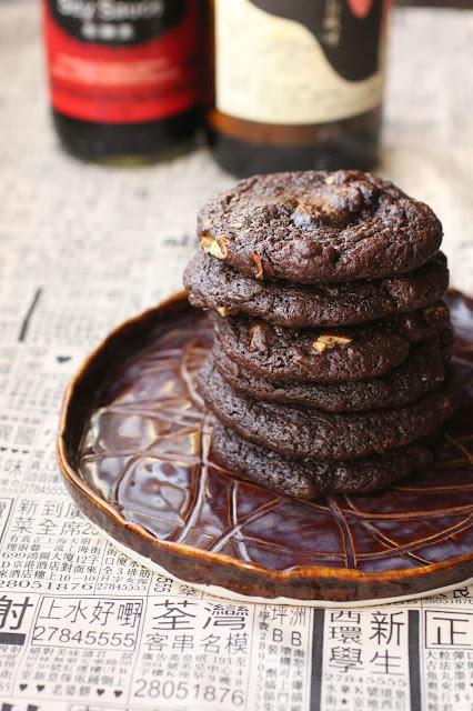 cookies choco sauce soja