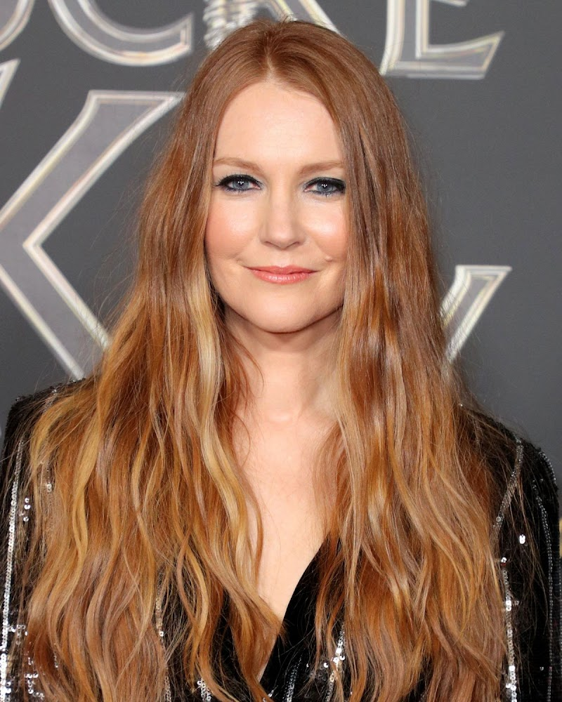 Darby Stanchfield Clicks at Locke & Key Series Premiere in Hollywood 5 Feb -2020