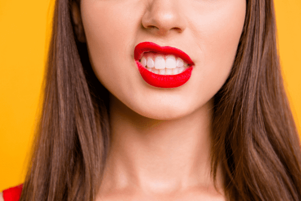 5+ Best Ways For Removing Upper Lip Hair At Home