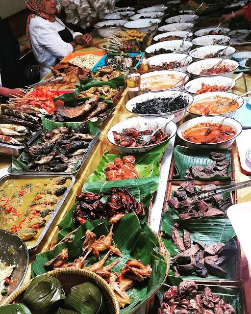 Nasi Bancakan Mang Barna - wisata kuliner bandung murah meriah