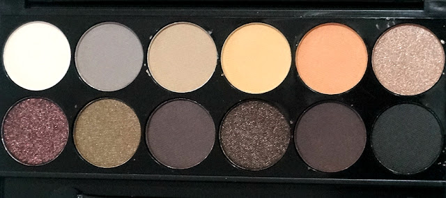 Sleek i-Divine Eye Shadow Palette in Au Naturel