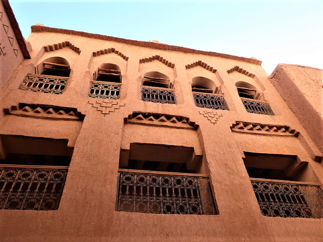 cortile nella kasbah di amridil