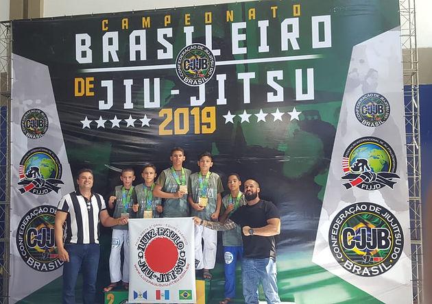 Alunos da rede municipal de ensino de Delmiro Gouveia conquistam medalhas no Campeonato Brasileiro de Jiu-Jitsu