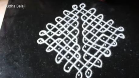 10-dots-chikku-kolam-1af.png