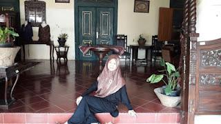 Rina Rayis di Keraton Kasepuhan Cirebon