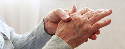 Apaiser la douleur de l'arthrite rhumatoïde en consommant ces jus curatifs