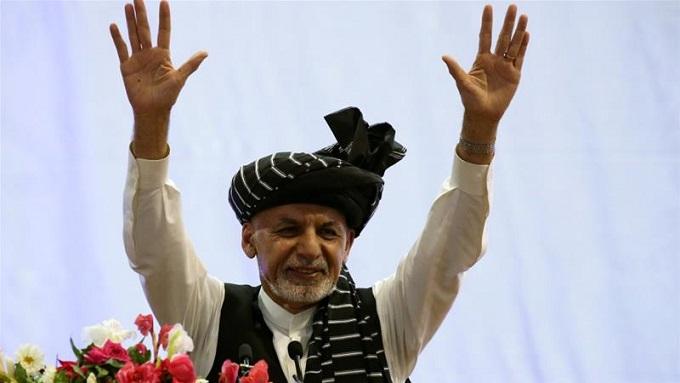 Madaxweynaha Afghanistan oo qarax ka badbaaday (SAWIRRO)