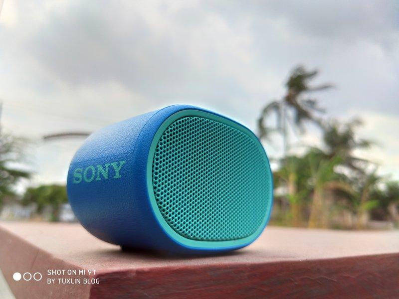 Review Sony SRS-XB01: Speaker Bluetooth Mungil Bersuara Detail